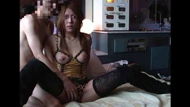 【おっぱい】「セックスを他人に見せたい」という願望を持つカップルから送られる、ヤラセ無しの生々しい素人娘たちのおっぱい画像がエロすぎる!【30枚】 19