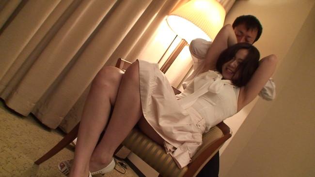 【おっぱい】湧き上がる性欲を抑えきれず仕事と偽り他人に寝とられたがる欲求不満の専業主婦たちのおっぱい画像がエロすぎる!【30枚】