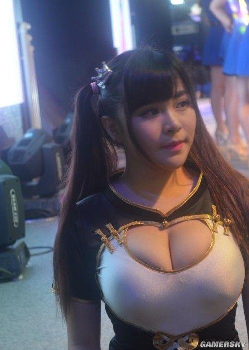 【おっぱい】アジアンビューティーの代表格!美しくも色っぽいような中国人の女の子たちのおっぱい画像がエロすぎる!【30枚】 22