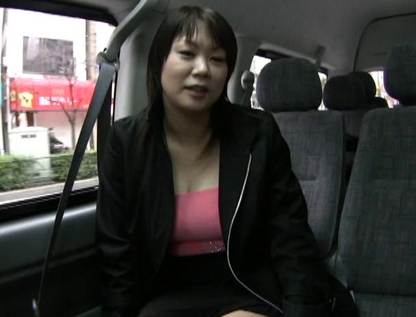 【おっぱい】車を横付けナンパ大成功!おっぱいが大きくエッチな娘を車内でハメハメできちゃう女の子のおっぱい画像がエロすぎる!【30枚】 12