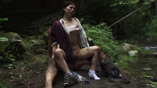 【おっぱい】都会の女に性欲では負けていない?!セックスに飢えている田舎の熟女さんたちのおっぱい画像がエロすぎる!【30枚】