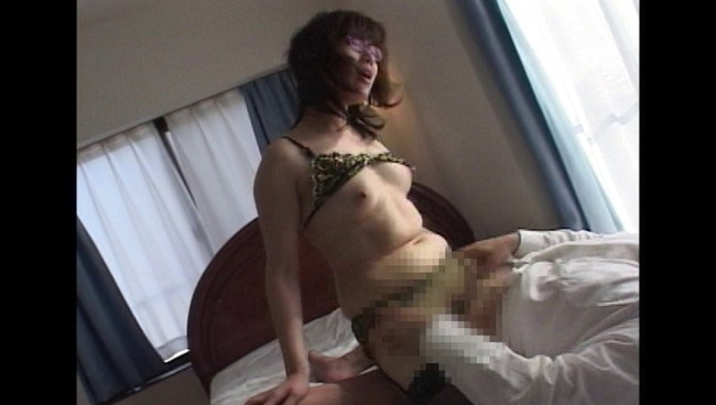 【おっぱい】熟れた肉体とセックスの匂い!息子との情欲近親相姦に溺れてしまうお義母さんたちのおっぱい画像がエロすぎる!【30枚】 25