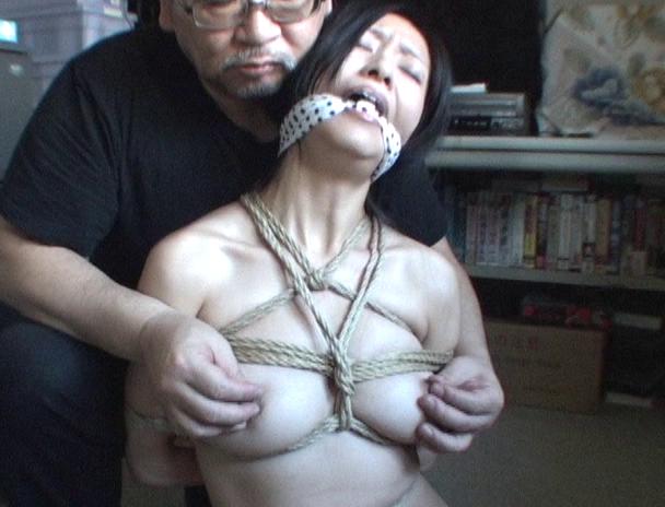 【おっぱい】緊縛ファンにはたまらんシチュエーション!全裸で緊縛をおねだりしてくる美女モデルたちのおっぱい画像がエロすぎる!【30枚】 07