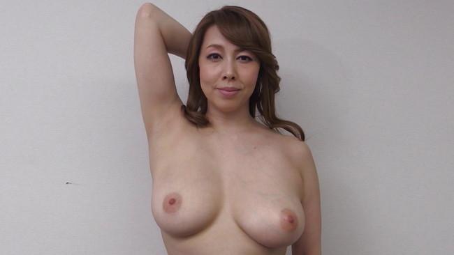 【おっぱい】裸をじっくりと観察してみませんか?巨乳、美乳、スレンダー、グラマー…様々なAV女優さんたちのおっぱい画像がエロすぎる!【30枚】 19