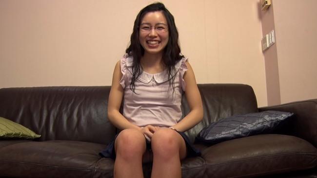 【おっぱい】体操部で鍛えた超軟体ボディー。ロリ体型でオリエンタルな顔立ちのメガネ美少女のおっぱい画像がエロすぎる!【30枚】 25