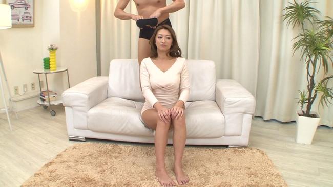 【おっぱい】一般の女の子と特には変わらない。でも中出しセックスが大好きな奇跡の人妻女優の吹石れなさんのおっぱい画像がエロすぎる!【30枚】