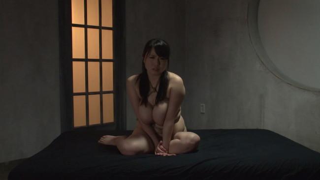 【おっぱい】Kカップ爆乳緊縛女肉責め!麻縄で絞め上げ、身動きの取れない状態のまま巨根を挿入されちゃう青木りんちゃんのおっぱい画像がエロすぎる!【30枚】 14