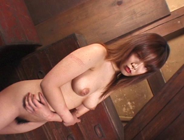 """【おっぱい】緊縛プレイに代名詞でもある""""乳房十文字縛り""""で魅力的なカラダを見せつけてくれちゃっている巨乳な女性たちのおっぱい画像がエロすぎる!【30枚】 04"""