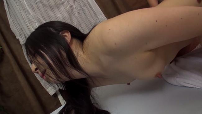 【おっぱい】勃起したチ○コをさわらせセックスへと持ち込みました!人妻で不動産会社勤務のOLさんのおっぱい画像がエロすぎる!【30枚】 25
