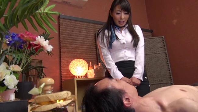 【おっぱい】下品な指オナニーを見せつけ男を誘惑!いつも性欲を持て余した人妻さんたちのおっぱい画像がエロすぎる!【30枚】 01