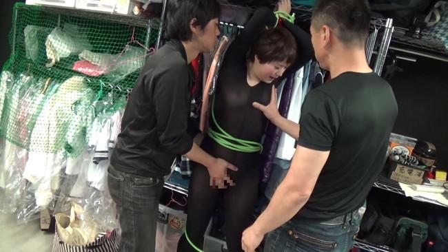 【おっぱい】ドSな彼氏の調教を受け入れて、グダグダになっている姿を撮影されちゃうドMな彼女のおっぱい画像がエロすぎる!【30枚】