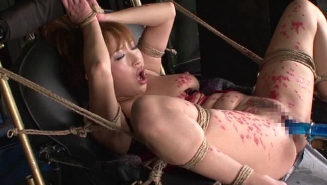 【おっぱい】アクメ調教の最終兵器として、たびたび登場する、拘束仕上げ椅子でイキ狂いまくる女の子たちのおっぱい画像がエロすぎる!【30枚】 11