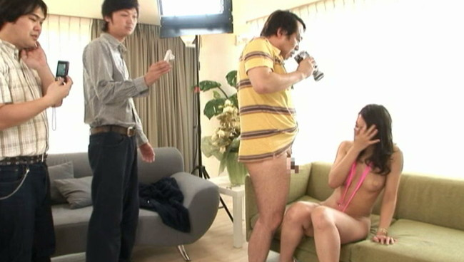 【おっぱい】元ファッションモデルの174cmボディのおっぱい画像がエロすぎる!【30枚】 19