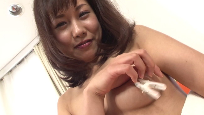 【おっぱい】Fカップ乳をいじり倒したら引くほど乳首ボッキしちゃって大変な椿かなりさんのおっぱい画像がエロすぎる!【30枚】 15