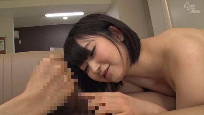 【おっぱい】可愛らしい笑みでいやらしくオナニーをサポート!AV女優・浅田結梨ちゃんのおっぱい画像がエロすぎる!【30枚】 30