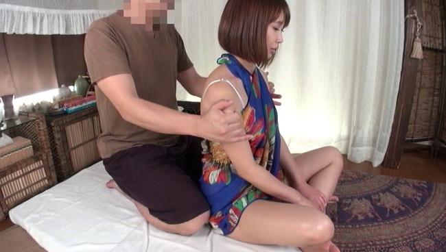 【おっぱい】アジア風リゾートマッサージで卑猥施術を施されてしまう人妻さんたちのおっぱい画像がエロすぎる!【30枚】 05