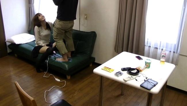 【おっぱい】初対面の男性とマンションの一室で一緒に過ごしてハメ撮りまでされちゃう女子大生の女の子のおっぱい画像がエロすぎる!【30枚】 01