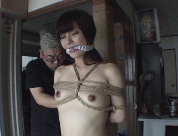 【おっぱい】緊縛を色っぽくおねだりしちゃって、エロい姿になってしまっている全裸美女たちのおっぱい画像がエロすぎる!【30枚】 14