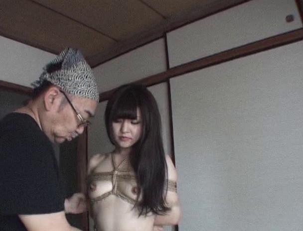 【おっぱい】緊縛を色っぽくおねだりしちゃって、エロい姿になってしまっている全裸美女たちのおっぱい画像がエロすぎる!【30枚】 27