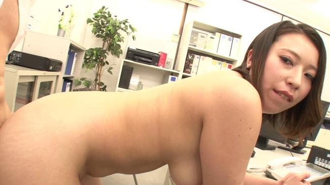 【おっぱい】ブラウスがはち切れそうな巨乳女子!今年入った新入社員たちのおっぱい画像がエロすぎる!【30枚】 09
