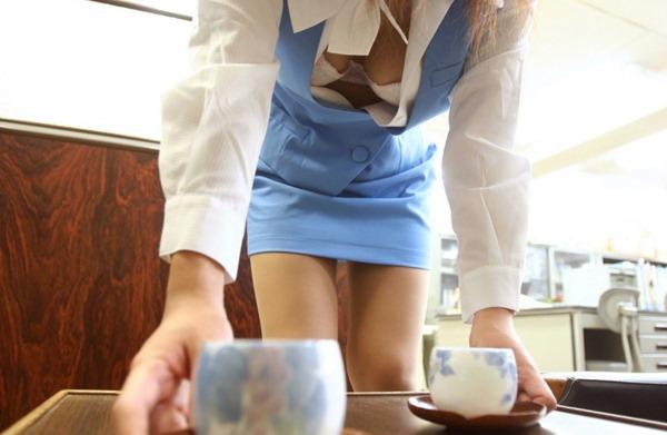 【おっぱい】オフィスレディのおっぱいが仕事できないレベルでエロすぎる【30枚】 01