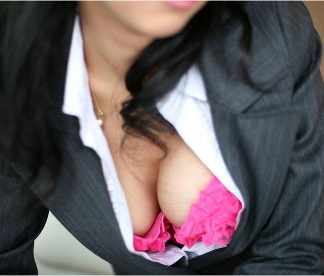 【おっぱい】オフィスレディのおっぱいが仕事できないレベルでエロすぎる【30枚】 23